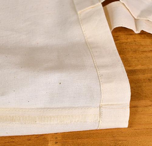 トート側面はロックミシン縫い
