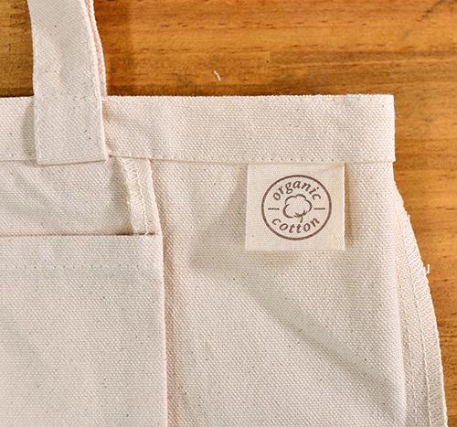 より高級感のある「organic cottonラベル」がトート上部に付きます