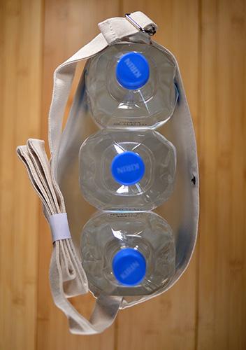 2Lボトルが3本はりました