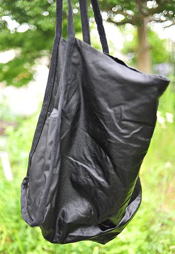 洗濯後の状態です かなり黒が色濃く出ています