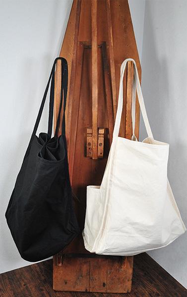 機能的かつスタイリッシュなデザインです カラーはナチュラルとナイトブラックの2色あります